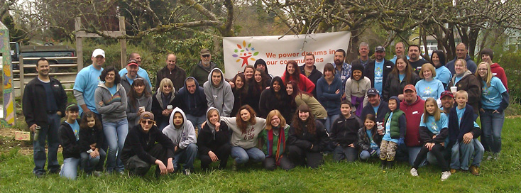 group shot for Comcast Cares Day in Olympia, Washington