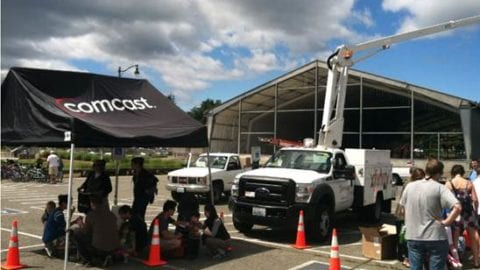 Comcast Bucket Truck is a hit with Kids at Junior League Event