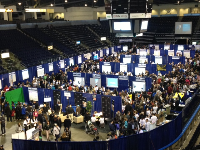 Technology Expo Standsaur : Comcast and kent school district showcase technology in