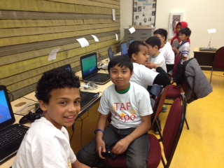 students in tech lab