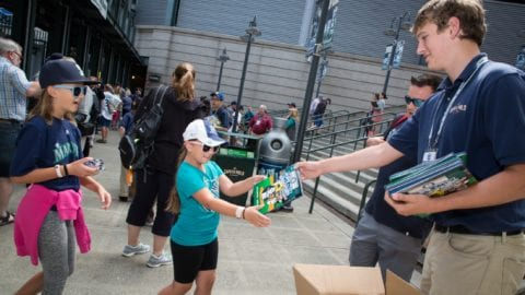 Mariners and Comcast Distribute Children's Book to Delete Cyberbullying and Promote #Mooselove