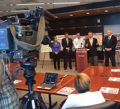 mayor's news conference about Pioneer Square and Comcast High-Speed Internet