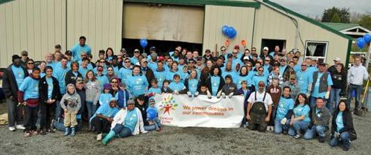 Comcast Cares day Volunteers in 2011