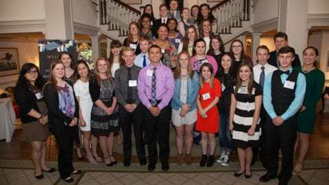Comcast NBCUniversal Awards Scholarships to 88 Washington State High School Seniors