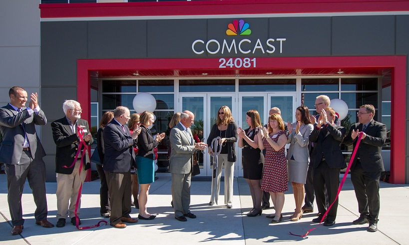 comcast-ribbon-cutting-in-spokane