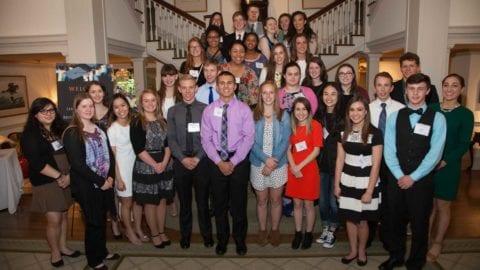Comcast NBCUniversal awards scholarships to 80 Washington State High School Seniors