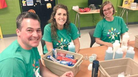More than 3,000 Comcast employees will help the homeless, improve Washington communities during Comcast Cares Day